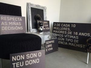 Compostela en negro. Fonte: www.uqui.net